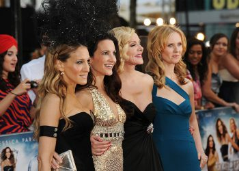 LONDON, ENGLAND - MAY 27:  (L-R) Sarah Jessica Parker, Kristin Davis, Kim Cattrall and Cynthia Nixon attend the UK premiere of Sex And The City 2 at Odeon Leicester Square on May 27, 2010 in London, England.  (Photo by Gareth Cattermole/Getty Images)