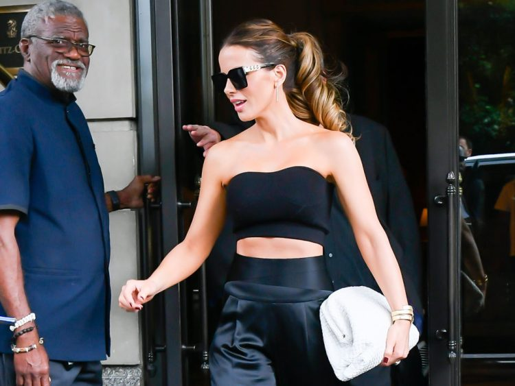 NEW YORK, NY - JULY 22:  Kate Beckinsale is seen in the Upper West Side on July 22, 2021 in New York City.  (Photo by Raymond Hall/GC Images)