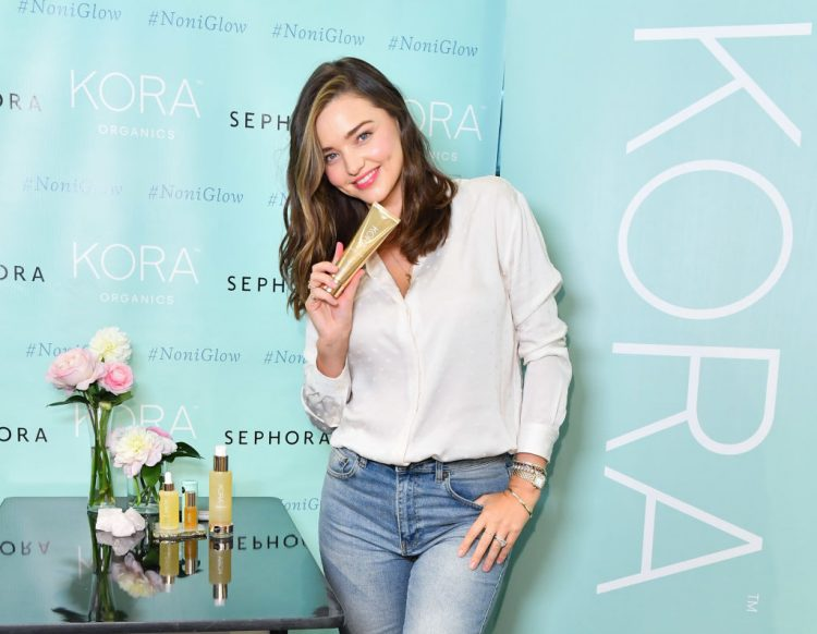 TORONTO, ON - SEPTEMBER 21:  Miranda Kerr attends KORA Organics personal appearance with at Sephora on September 21, 2018 in Toronto, Canada.  (Photo by George Pimentel/Getty Images for KORA Organics)